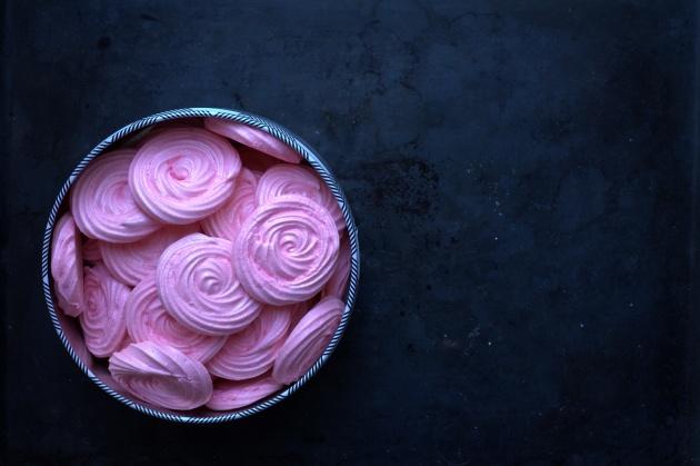 meringues-a-la-rose